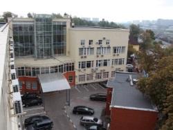 Офисный центр внутренний двор.