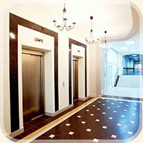 Лифтовой холл второго этажа