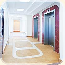Лифт и коридоры