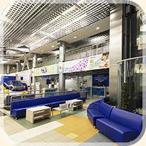 Здание у метро